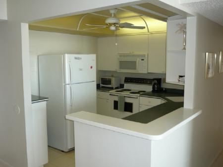 Kitchen Area - Nice condo in beautiful Gated Beach Resort Complex - Marco Island - rentals