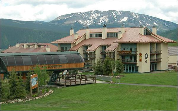 Convenient Ski-In/Ski-Out Location - Wonderfully Appointed Vacation Condo - Great Amenities (1232) - Crested Butte - rentals