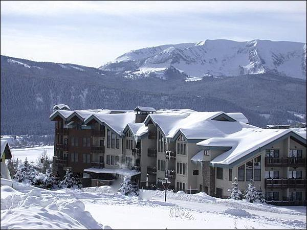 Beautiful Winter Retreat - Beautiful Bi-Level Condo - Slate & Granite Finishes Throughout (1240) - Crested Butte - rentals