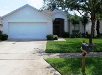 Hampton Lakes Beautiful 3 bedroom Home Private pool with no rear neighbord. Free Wi-fi - Image 1 - Davenport - rentals