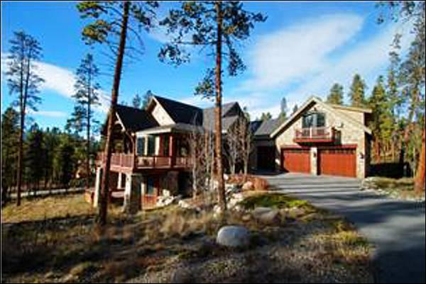 Gorgeous Home in Keystone Ranch - Spacious Layout - Great for Multiple Families (7054) - Keystone - rentals