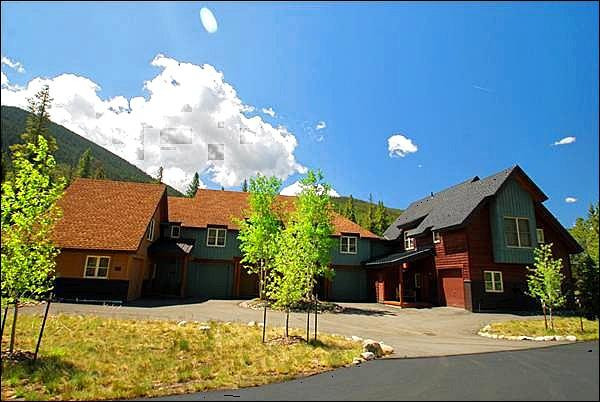 Beautiful Townhome Located in East Keystone - Vaulted Ceilings - Mountain Views from the Private Patio (7078) - Keystone - rentals