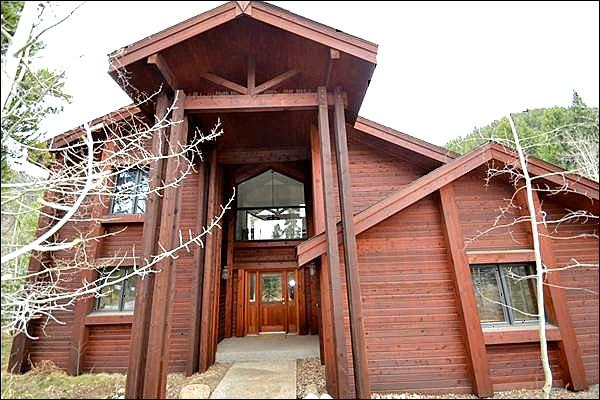Located Directly Across from the Shuttle Stop - Beautiful Mountain Views - Serene Mountain Setting (7083) - Keystone - rentals
