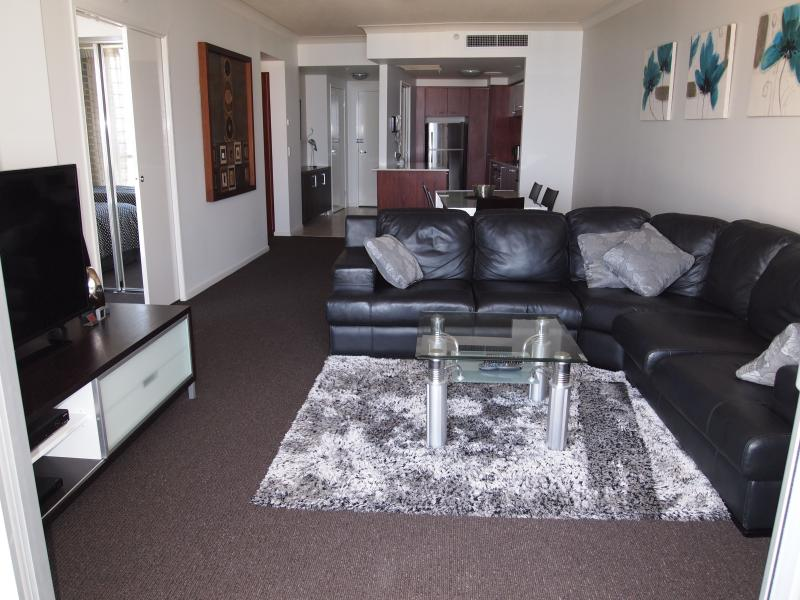 Main Living Area - Towers Of Chevron Renaissance - 2 Bed Ocean Views - Surfers Paradise - rentals