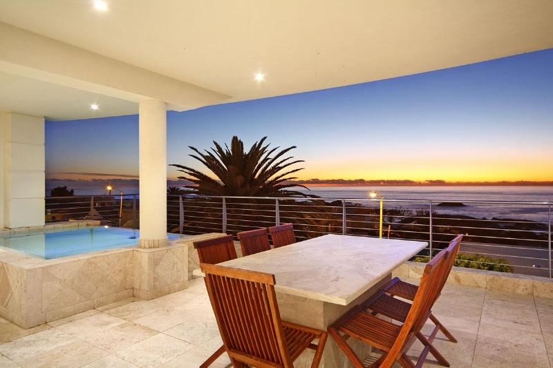 On Victoria Penthouse - Image 1 - Camps Bay - rentals