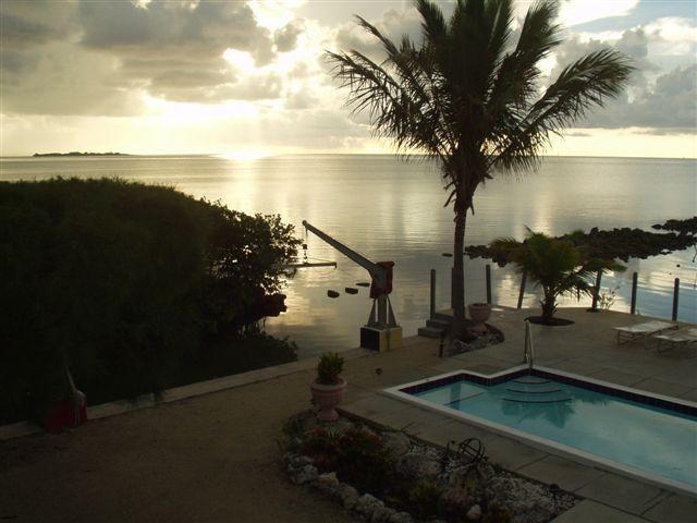 SUNISE - OCEANFRONT pool30'DockGatedPrivate7niteMin6ppl max - Islamorada - rentals