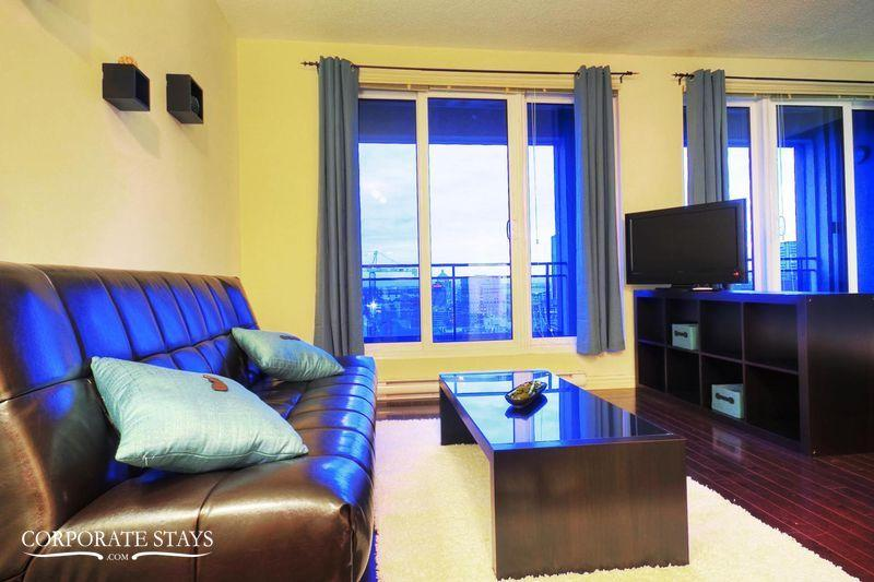 Montreal Saturn 1BR Executive Accommodation - Image 1 - Montreal - rentals