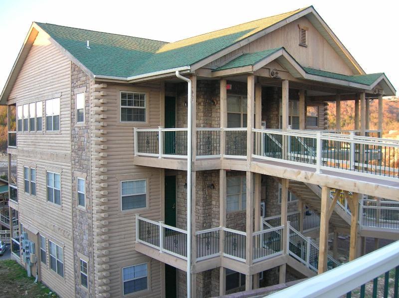 3rd Floor Condo - No Steps from Street - Branson Luxury 2 Bed/2 Bath Condo-Table Rock Lake - Branson - rentals