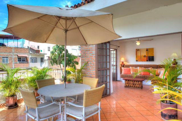 Huge Private Terrace and living area - Old Town Puerto Vallarta - Unit3 - 1 bedroom condo - Puerto Vallarta - rentals