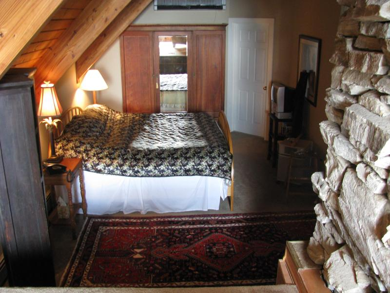 Loft Bedroom Area - Shoji Loft - Asheville - rentals