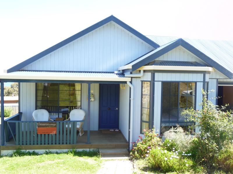 Omaroo Cottage - Omaroo Cottage Bruny Island Spectacular views 2bdr - Bruny Island - rentals