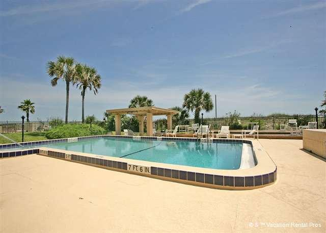 The ultimate luxury: an oceanfront pool - Ocean Front South #402, 4th floor, Pool, Beach, Near Mayo Clinic - Jacksonville Beach - rentals