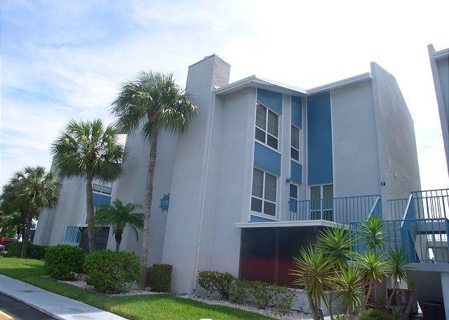 Madeira Beach Yacht Club 179F - Very Nice Townhouse in gated community! - Image 1 - Madeira Beach - rentals