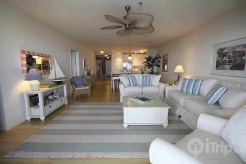 Newly remodeled with floor and living room furniture - Oceanfront Villa #206 under new ownership! - Isle of Palms - rentals