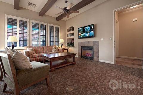 Living Room - Legacy Villas -- Rare 3 Bedroom End Villa with Southern Mountain Views - La Quinta - rentals