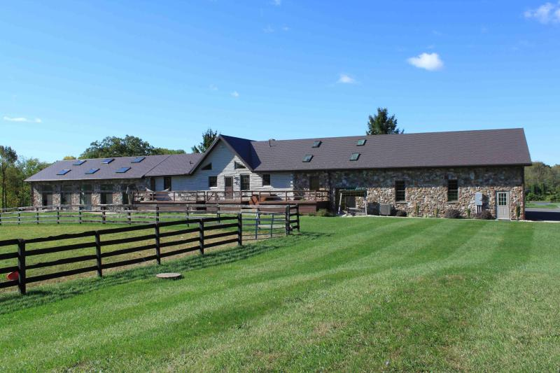 Golconda Ranch of Hershey - Image 1 - Grantville - rentals