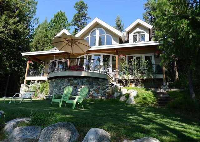 LUXURY LAKEFRONT WITH SPECTACTULAR SUNRISES AND MOUNTAIN VIEWS - Image 1 - McCall - rentals