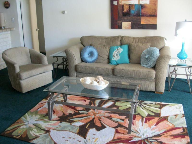 D1 Living Room - Duplex - Palm Desert - rentals