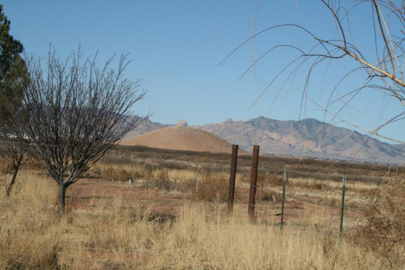 Commanding views of the Cochise Stronghold's Dome. (All photos are taken from Ranch) - $725WK $135NT Bird Paradise 2 National Parks Wi-Fi - Pearce - rentals