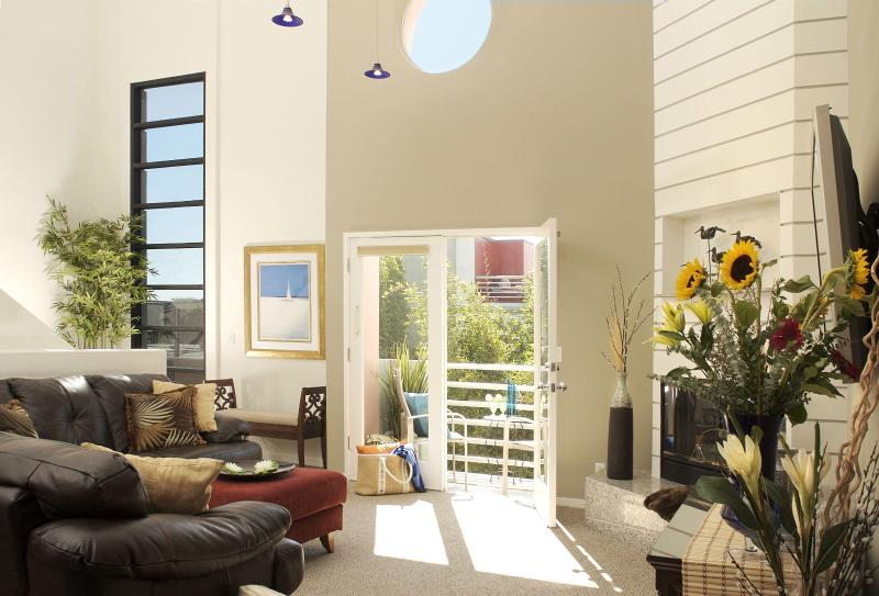 Living Room - Marina del Rey Beach 4 Bedroom Penthouse - Marina del Rey - rentals