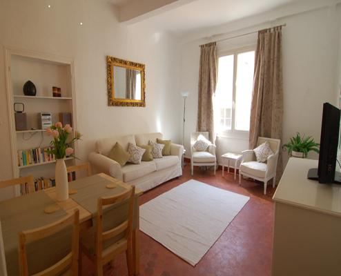 Anais- Absolutely Stunning 2 Bedroom Apartment in Vieux Nice - Image 1 - Nice - rentals