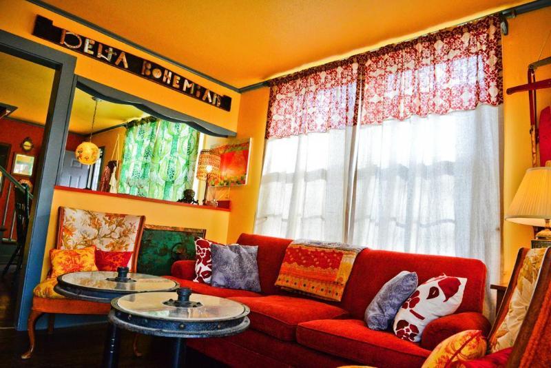 Living Area - Delta Bohemian Guest House - Clarksdale - rentals