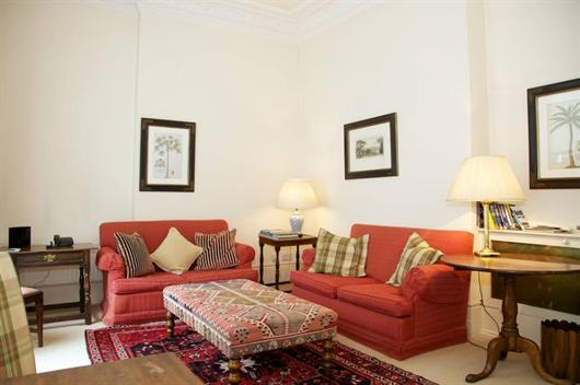 Kensington Vacation Rental on Marloes Road - Image 1 - London - rentals