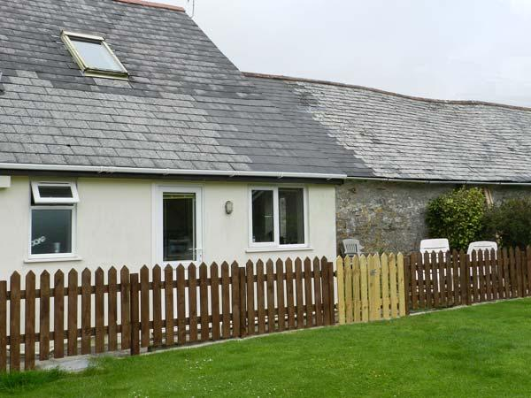 STABLE COTTAGE, pet-friendly cottage, garden, games room, in Lincombe near Ilfracombe Ref 19531 - Image 1 - Ilfracombe - rentals