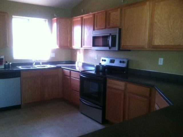 Very spacious kitchen - CHARMING HOUSE IN PRIVATE CUL DE SAC - Phoenix - rentals