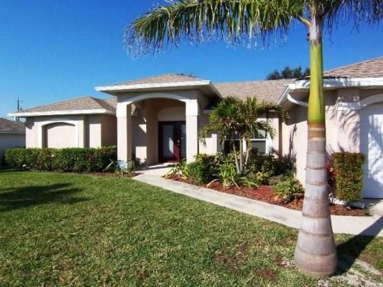 Paradiso - Cape Coral 3b/2ba Offwater Home, Electric Heated Pool, Nicely Furnished, HS Internet, - Image 1 - Cape Coral - rentals