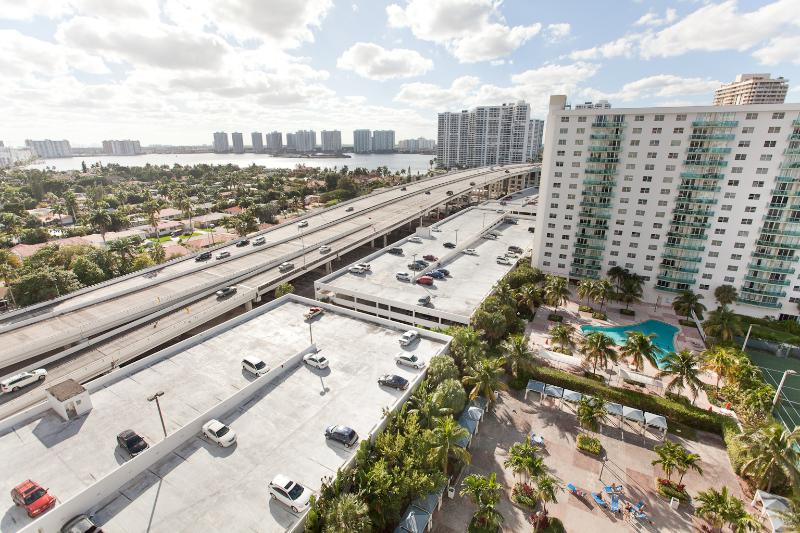 Great Bay View from Balcony ! - 2 BEDROOM BAY VIEW FULLY RENOVATED -GREAT AREA! - Sunny Isles Beach - rentals