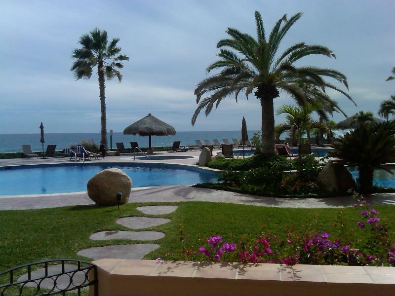 El Zalate Condo, Beachfront, Ground floor - Image 1 - San Jose Del Cabo - rentals