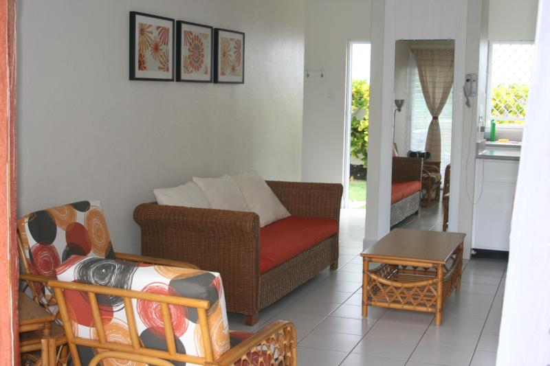 Come in Relax and Unwind! - Beautiful 1 Bedroom Apartment at Rockley Golf Club - Rockley - rentals