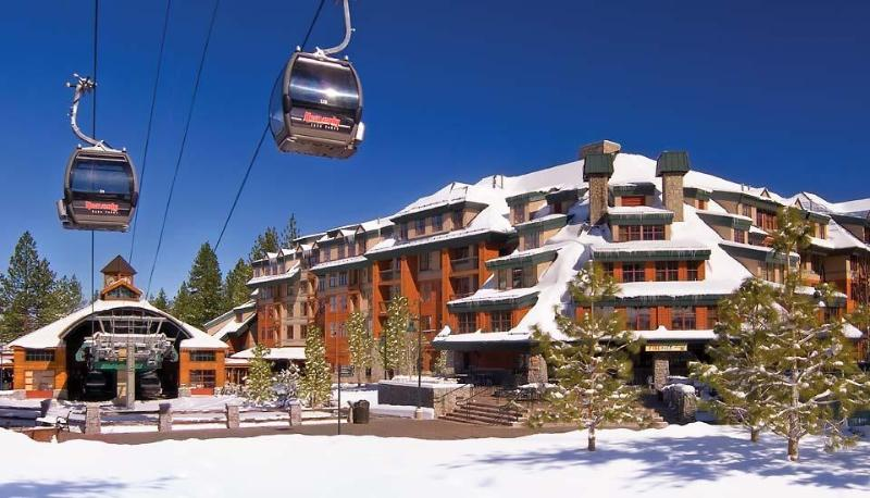 gondola view and property in winter. walk from the hallway to the godola - Marriott Timberlodge @ Heavenly ~ Ski  Christmas - South Lake Tahoe - rentals