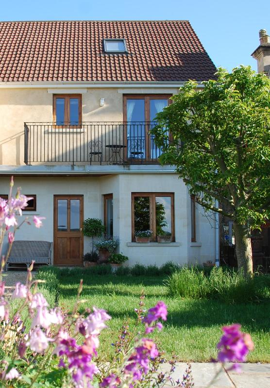Front of house - House in Bath - Bath - rentals
