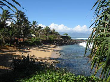 Steps away to Mamas Beach - Hale Makai - North Shore Maui Beach Rental Home - Paia - rentals