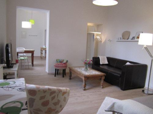 Vacation Apartment in Bonn - 387 sqft, quiet, modern, renovated (# 3330) #3330 - Vacation Apartment in Bonn - 387 sqft, quiet, modern, renovated (# 3330) - Bonn - rentals
