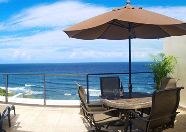 Puu Poa 405: Oceanfront luxury penthouse, spectacular inside and out! - Image 1 - Princeville - rentals