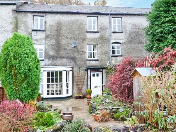1 NEWLAND HOUSE, grade II listed, woodburning stove, family-friendly, in Newland near Ulverston, Ref 19507 - Image 1 - Newland Near Ulverston - rentals