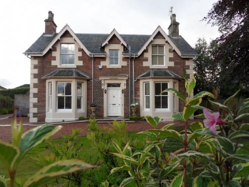 INVERMAY, Blairgowrie, Perthshire, Scotland - Image 1 - Blairgowrie - rentals