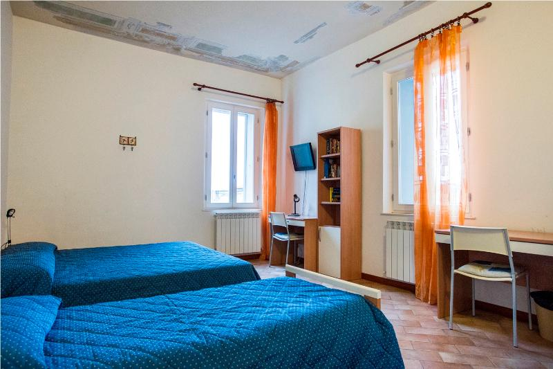 Apt. A - 2 Bedroom Guesthouse Apartments in Siena - Siena - rentals