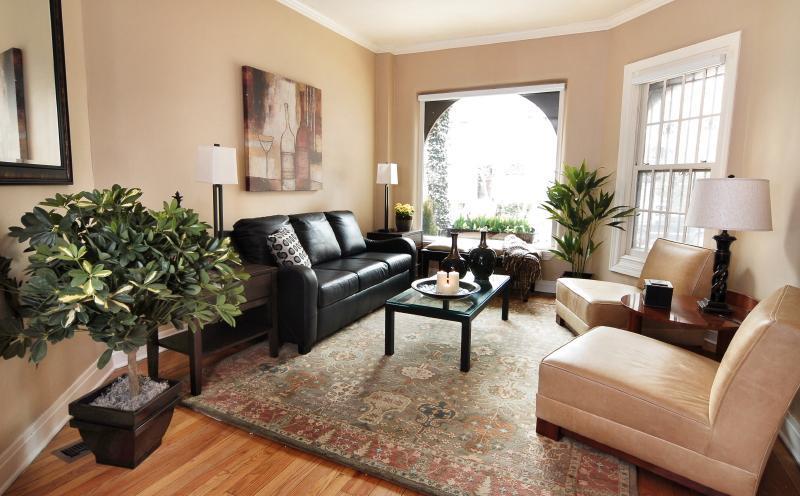 Magnificent Mile Gold Coast Luxury Brownstone [1] - Image 1 - Chicago - rentals