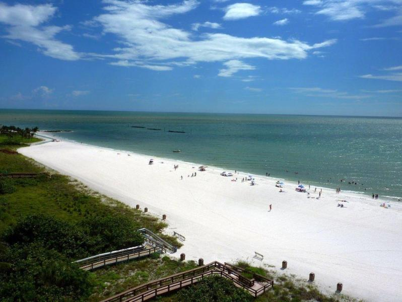 SPECTACULAR UNOBSTRUCTED PANORAMIC VIEW OF THE SOUTH BEACH - BEACHFRONT CONDOS WITH PANORAMIC VIEW FROM $645/WK - Marco Island - rentals