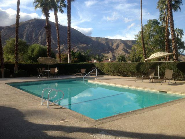 Townhouse Near El Paseo; Access to Tennis Courts - Image 1 - Palm Desert - rentals