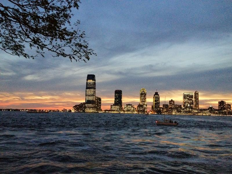 Sunset on the Hudson River- Looking towards New Jersey - Downtown- Peaceful Location Battery Park- - New York City - rentals