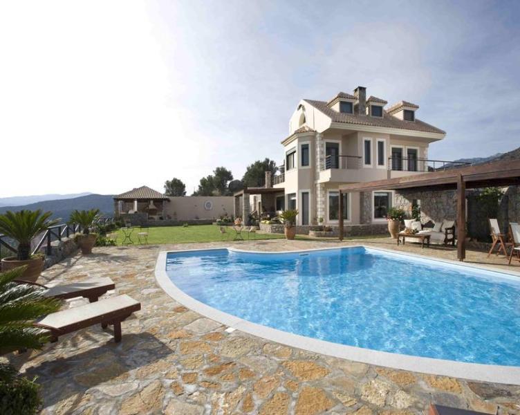 5 bedroom Villa Blue View in Agios Nikolaos - Image 1 - Agios Nikolaos - rentals