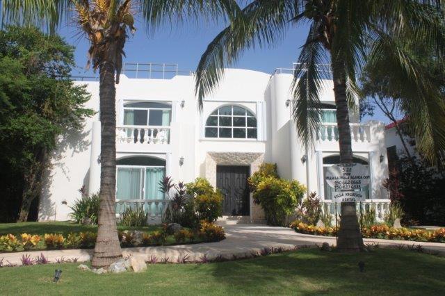 front view of villa - Villa La Perla Blanca - Playa del Carmen - rentals