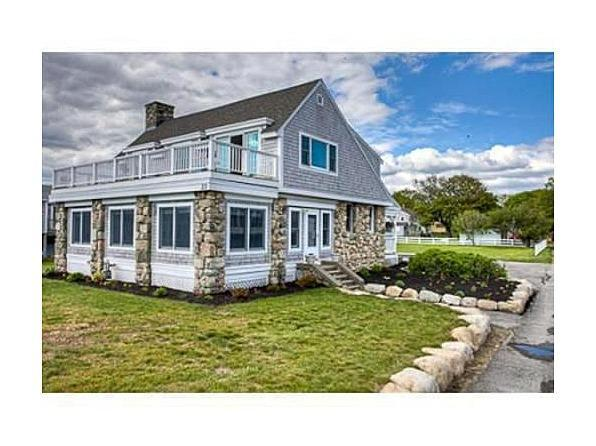 Front of House - Oceanfront Luxury Beachhouse - Scituate - rentals