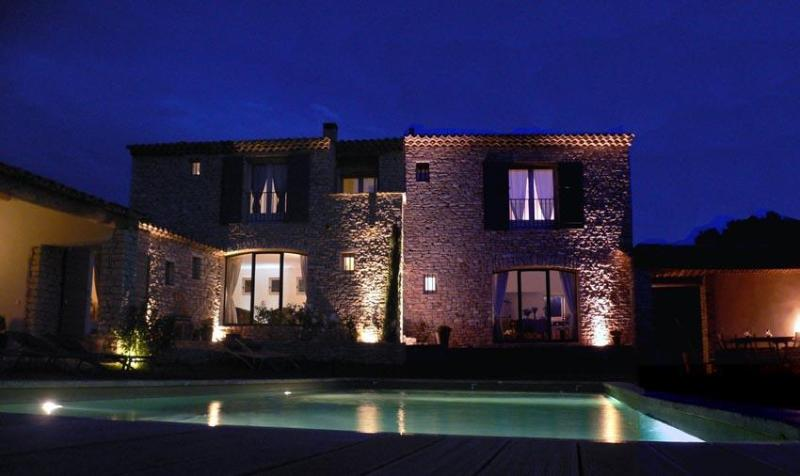 Les Terrasses - Les Terrasses, Gordes Bed and Breakfast - 3 Bedroom with WiFi and Pool - Gordes - rentals