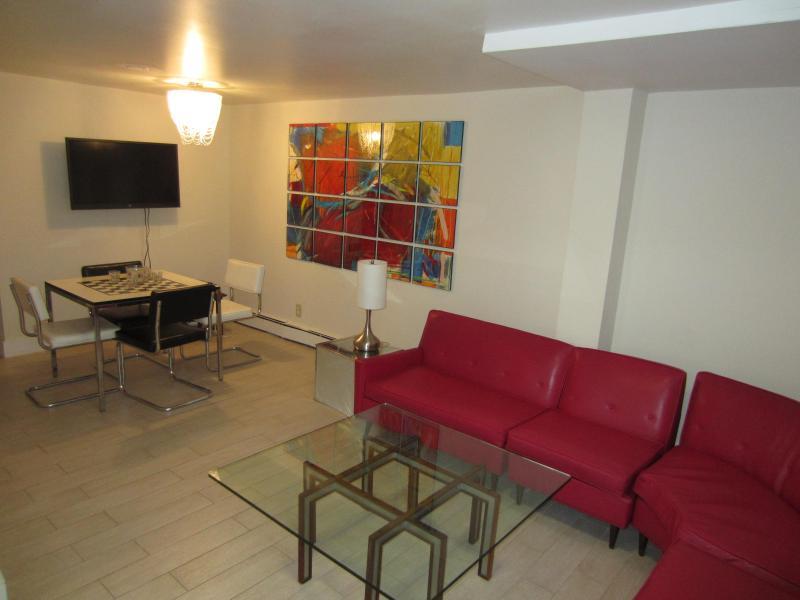 Andy Warhol living room - Andy Warhol designer apartment, Asbury Park, NJ - Asbury Park - rentals